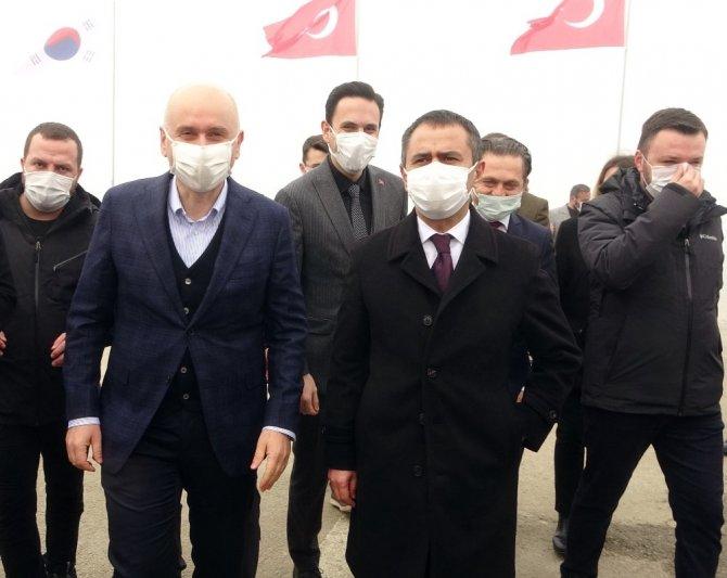 Bakan Karaismailoğlu: Çanakkale Boğazı'ndan geçiş süresi 6 dakikaya inecek