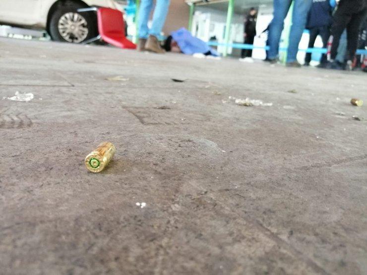 Konya'da balıkçı halinde silahlı kavga! Ölü ve yaralılar var