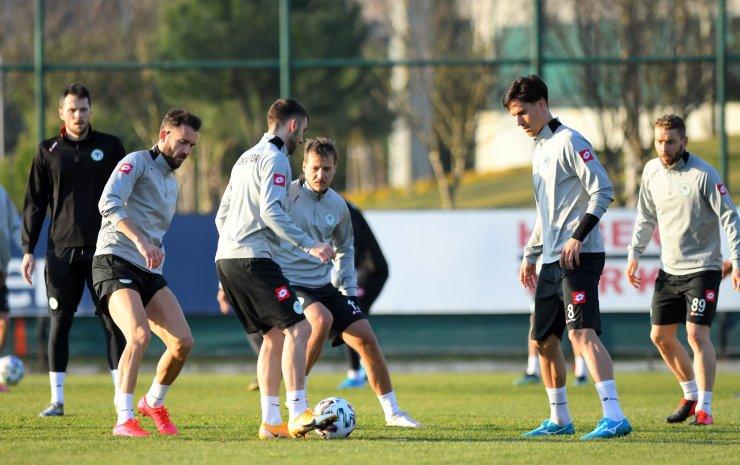 Konyaspor'da Beşiktaş maçı hazırlıkları tamamlandı