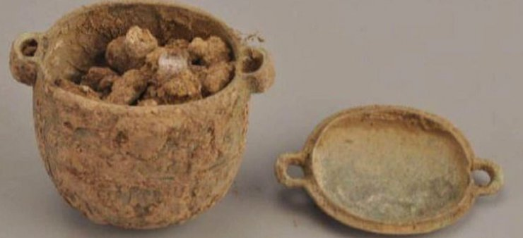 Çin'de 2 bin 700 yıl önce soyluların kozmetik ürün kullandığı ortaya çıktı