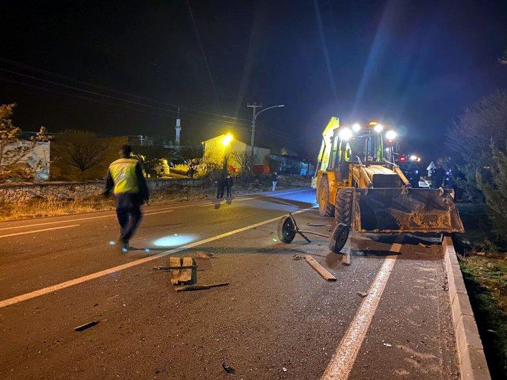 Otomobilin çarptığı at arabasının sürücüsü öldü