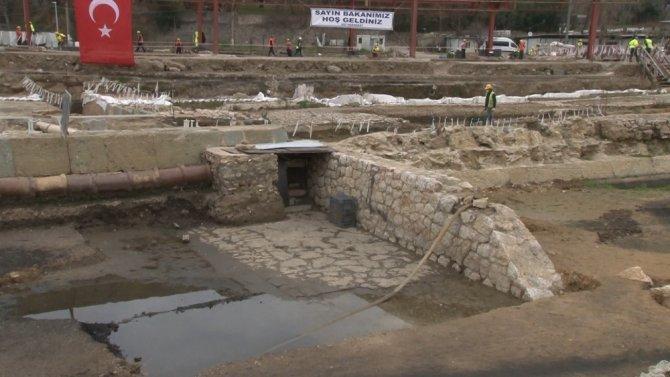 """Ulaştırma ve Altyapı Bakanı Karaismailoğlu: """"Arkeopark Gar Kompleksi dünyada bir ilk olacak"""""""
