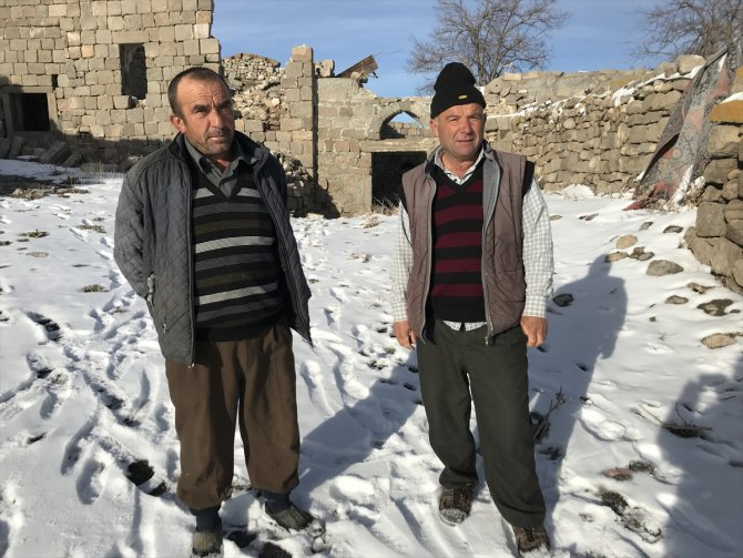 Karaman'daki Değle ören yerinin gönüllü bekçileri nöbetleşe görev yapıyor