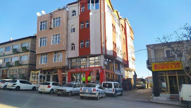 Konya'da kimya öğretmeni 7 yıldır kaldığı otel odasında ölü bulundu