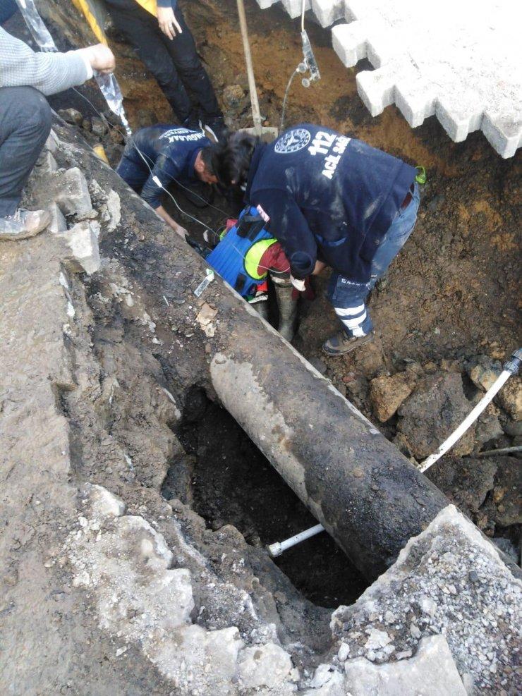Alt yapı çalışmasında göçükte kalan işçi öldü