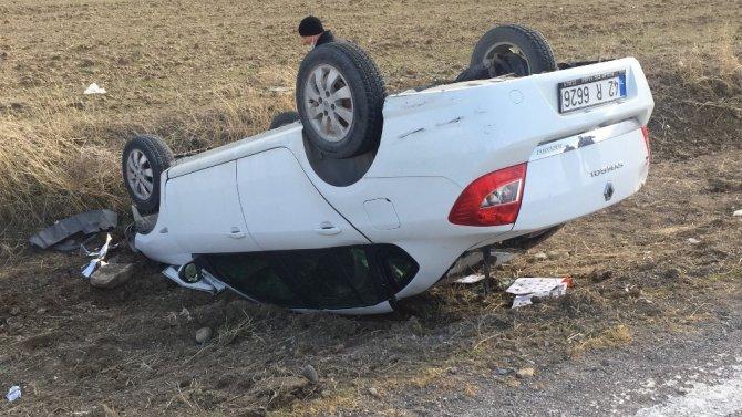 Konya'da takla atan otomobilden hafif yaralı kurtuldular