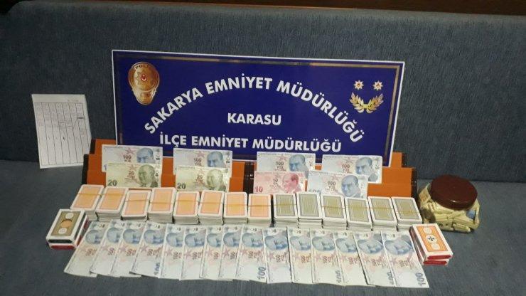 Kumarhaneye çevrilen evdeki 16 kişiye, 50 bin 400 lira ceza