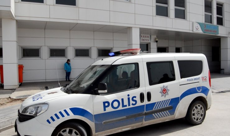 1 çocuk annesi, tartıştığı eşini bıçakladı