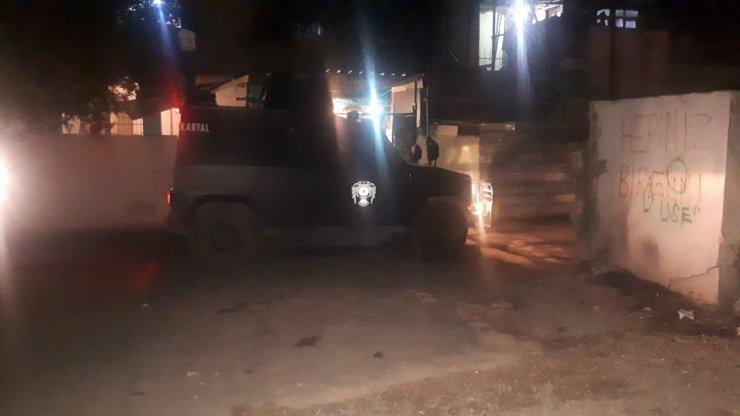 İki aile arasında silahlı çatışma; 3 yaralı
