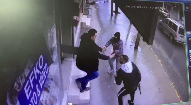 Film sahnelerinin aratmayan pompalı tüfekli kovalamaca kamerada