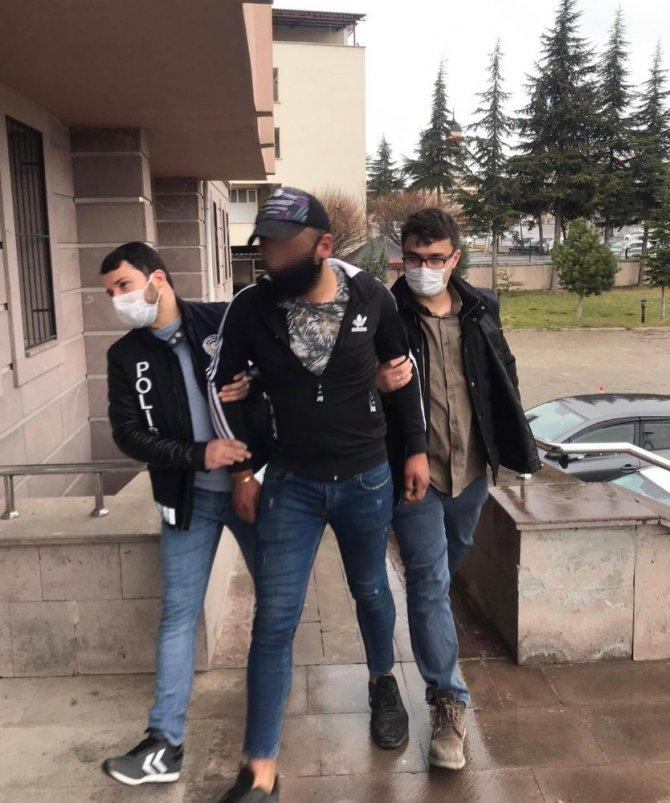 Konya'da evin bahçesindeki testereyi çaldılar