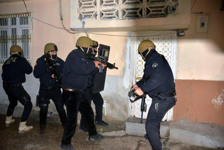 PKK'nın korsan gösterilerine katıldı, fotoğrafın fotomontaj olduğunu öne sürdü