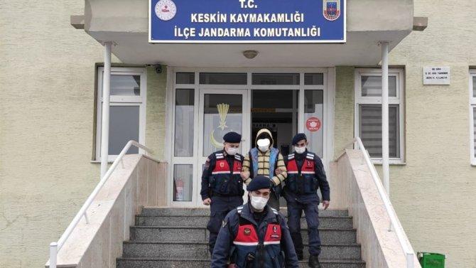 Bağ evinden 22 ay önce çapa makinesi çalan zanlı tutuklandı