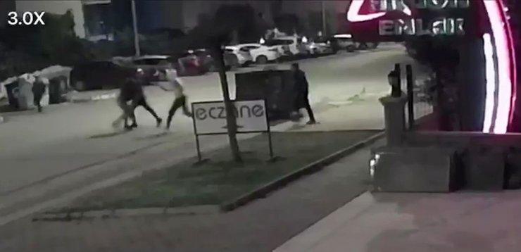 Hurda kağıt toplayan genci dövüp, motosikletini yakan 3 kişi serbest