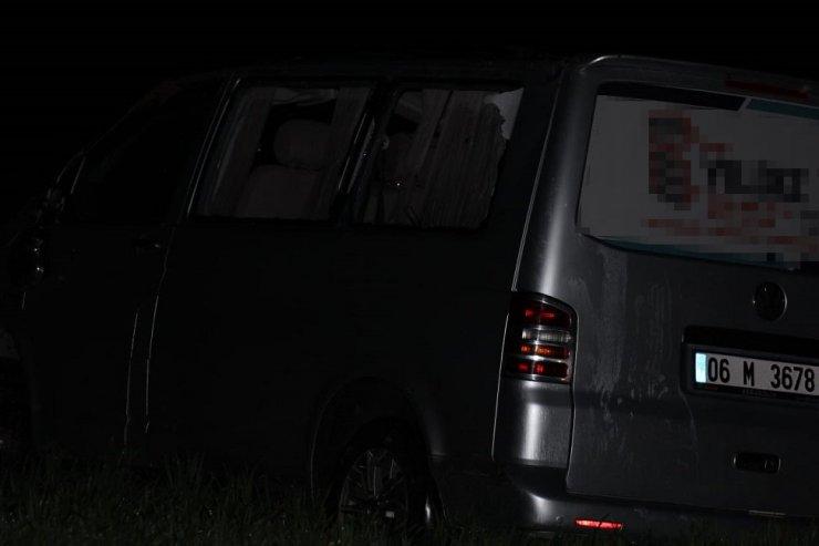 Minibüs şarampole devrildi: 1 ölü, 4 yaralı