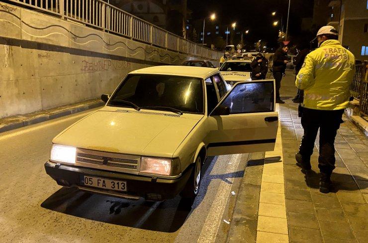 'Dur' ihtarına uymayan alkollü sürücü ve arkadaşına 16 bin TL ceza