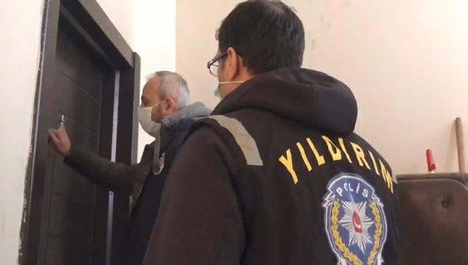 Kaçak sigara üretim tesisine polis baskını
