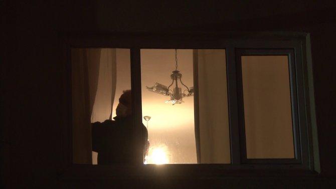 Komşuya giden kadın döndüğünde kocasının cansız bedeni ile karşılaştı