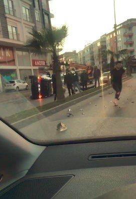 Takla atan araçtan çıkıp koşarak kaçtılar