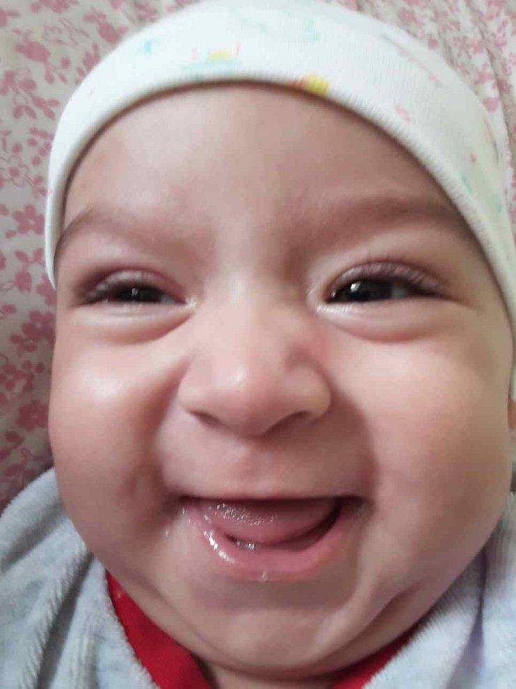 6 aylık Eylül bebek biberonla süt içerken boğularak öldü