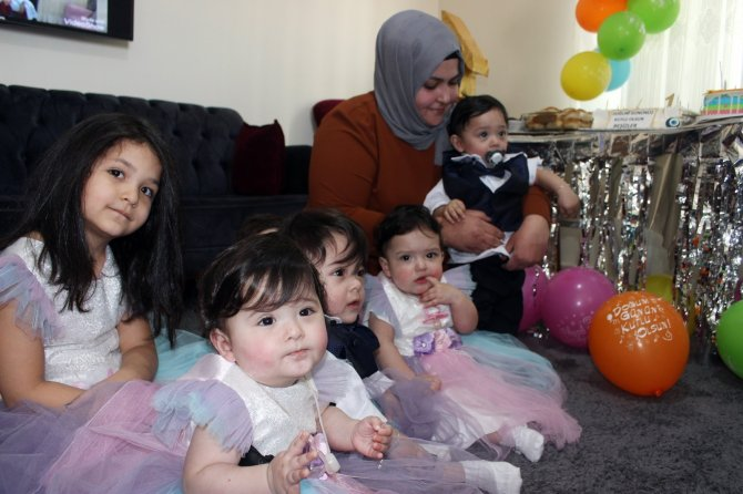 Bakan Selçuk'tan Hataylı beşizlere doğum günü pastası