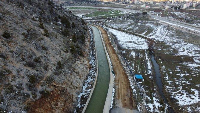 Eriyen kar suları Beyşehir Gölü'nü besliyor