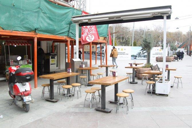 Lokantalar açıldı, müşteri bekliyor
