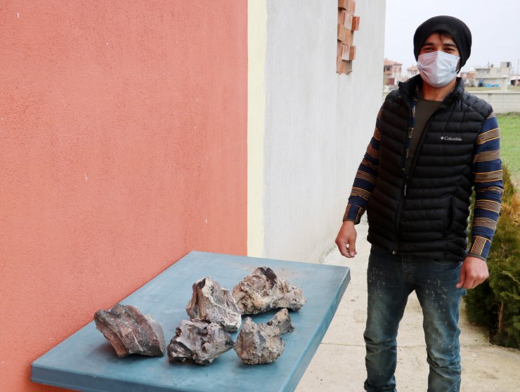 Meteorit diye 5 yıl saklayıp, gramını 3 dolara satmadı, lav taşı çıktı