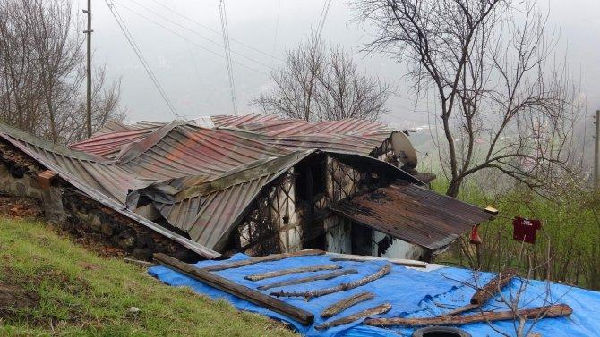 Küle dönen evde 6 kişi son anda kurtuldu