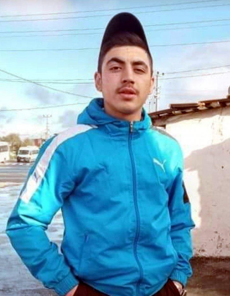 18 yaşındaki genç, sokak ortasında öldürüldü
