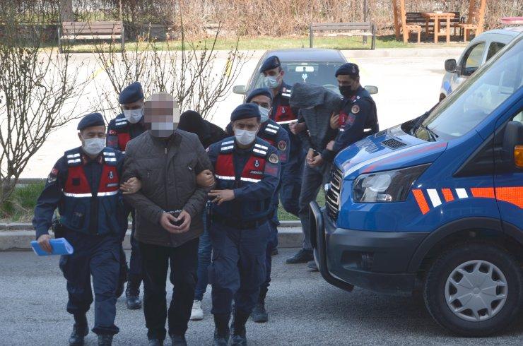 Buket'in ölümüyle ilgili gözaltına alınan 3 kişi adliyede