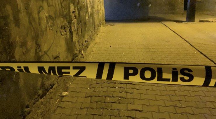 Diyarbakır'da husumetliler silah ateşledi; sokaktan geçen 8 yaşındaki çocuk yaralandı