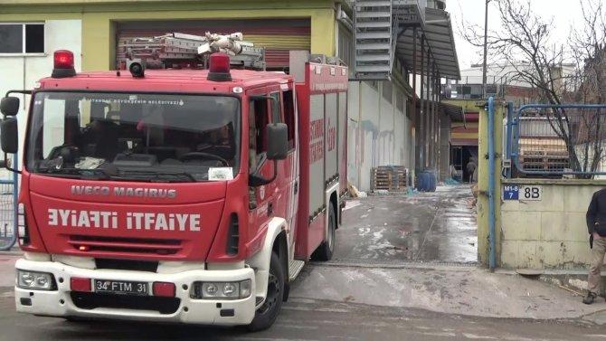 Boya fabrikasında korkutan yangın