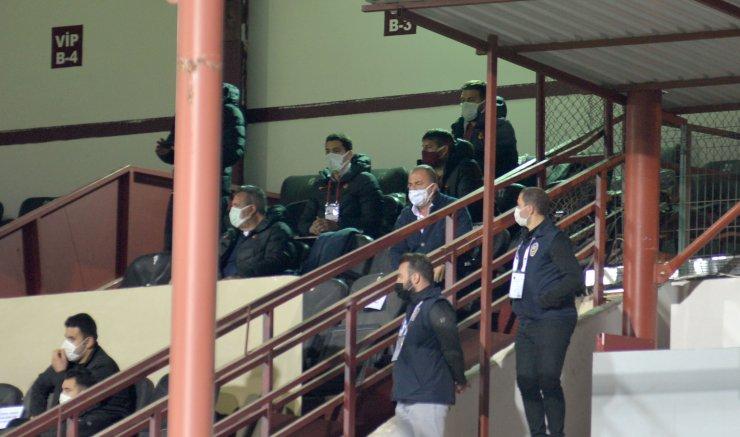Galatasaray'daki düşüş engellenemiyor