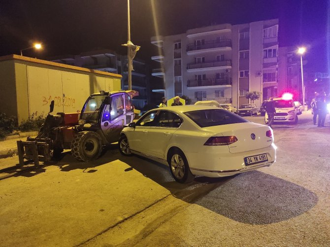 Ehliyetsiz sürücü alkollüyken kaza yaptı