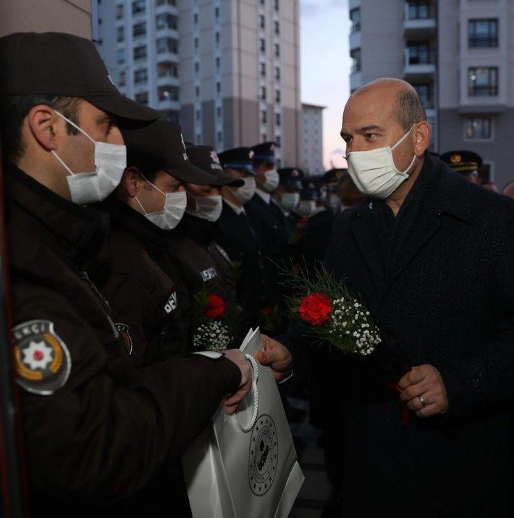 Bakan Soylu, Şehit Behram Aktaşlı Polis Merkezi Amirliği'ni ziyaret etti