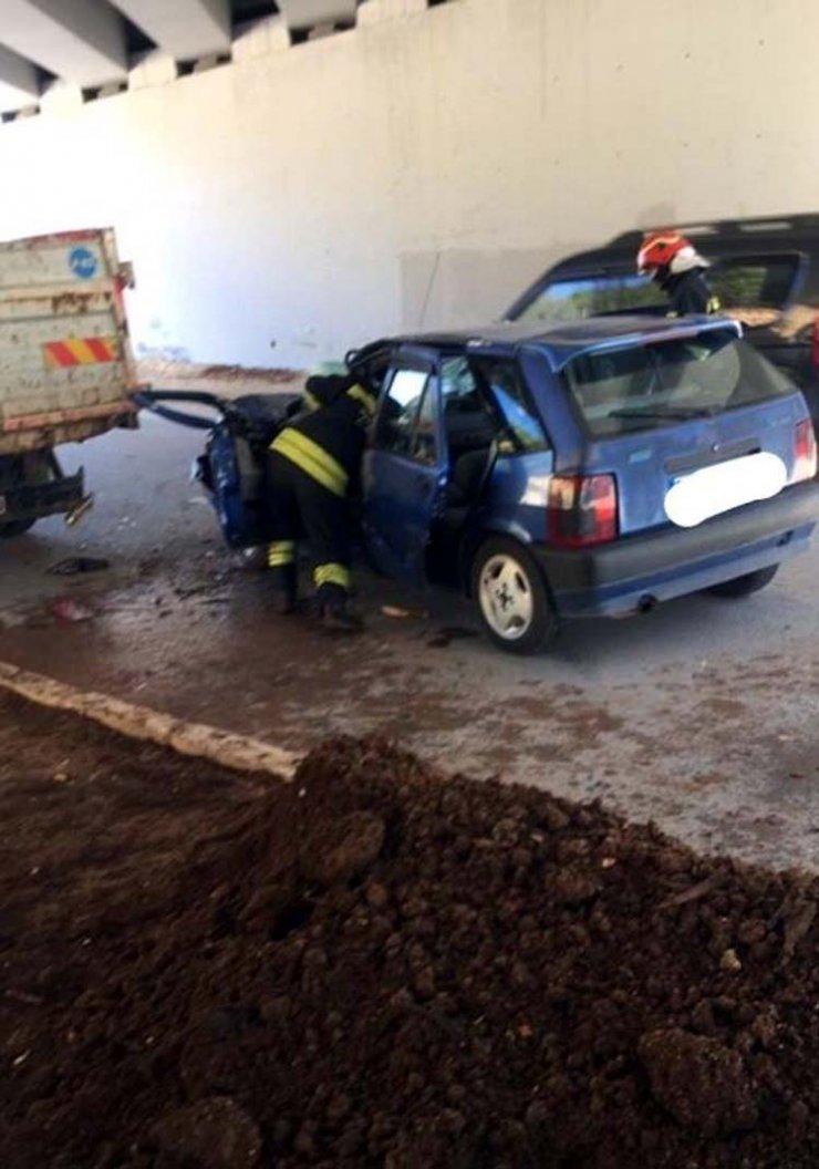 Otomobillekamyonete çarptığı kazada yaralananTuba kurtarılamadı