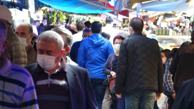Vaka sayılarında artış 2 kata yaklaştı; cadde ve sokaklar dolu