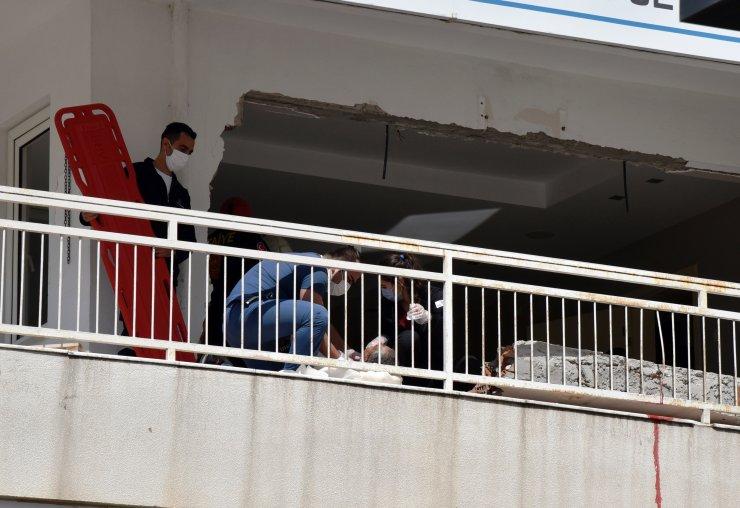 Tadilatta üzerine duvar yıkılan Suriyeli işçi yaralandı