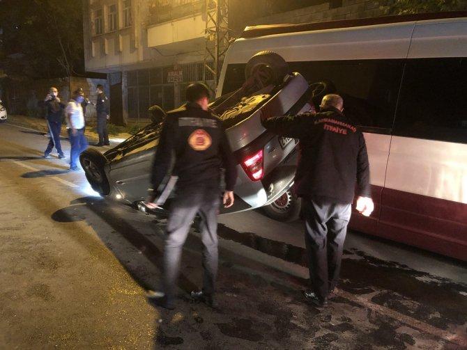 İki araca çarpan otomobil takla attı: 2 yaralı