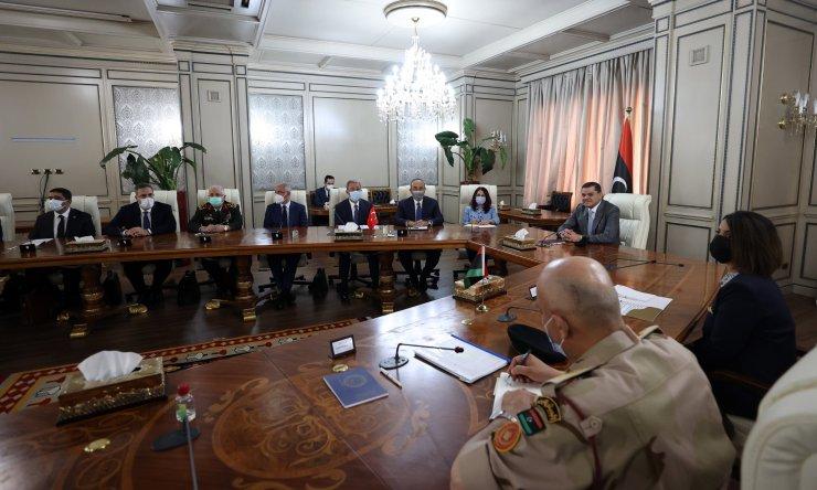 Bakan Akar ve Çavuşoğlu, Libya Başbakanı Dibeybe ile görüştü