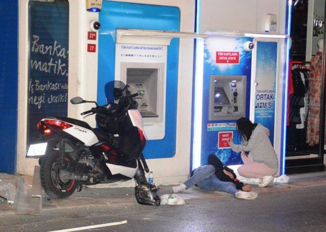 Alkollü motosiklet sürücüsü tam kapanmayı unuttu, kaza yaptı