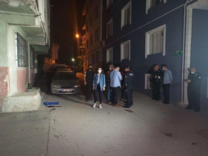 Kavga ihbarına giden polis ekibine silahlı saldırı: 1'i polis, 2 yaralı