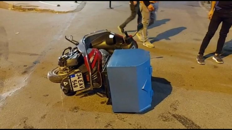 Yola dökülen yağ, motosiklet kazasına neden oldu