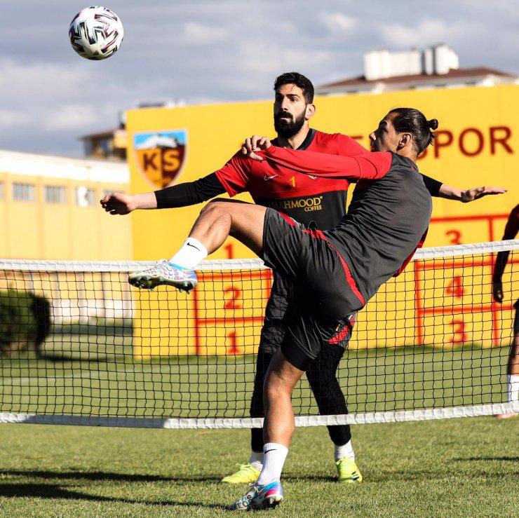 Kayserispor'da Başakşehir maçının hazırlıkları başladı