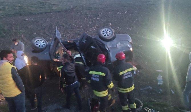 Konya'da otomobil şarampole devrildi: 3 yaralı