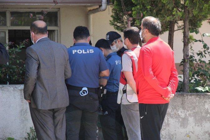 Evde tartıştığı karısını 15 yerinden bıçakladı