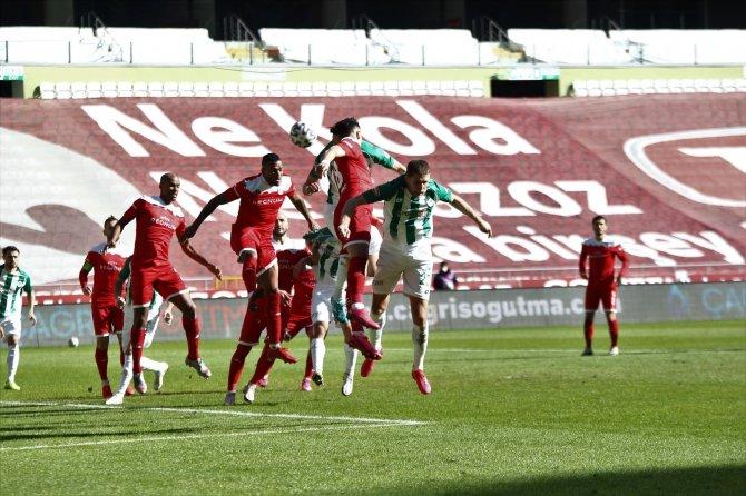 Konyaspor ile Antalyaspor 45. randevuda