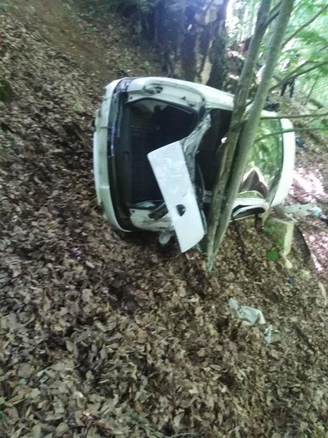 Bayramlaşma dönüşü feci kaza: 1 ölü, 1 yaralı