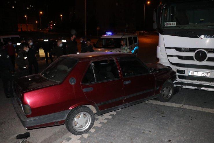 Çaldığı otomobille kaza yapınca yakalandı